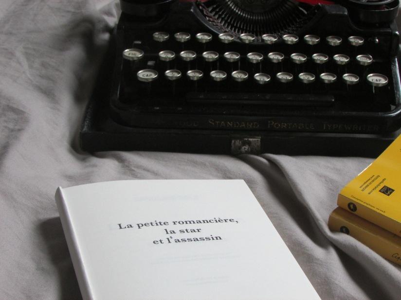 La petite romancière, la star et l'assassin, CarolineSolé.